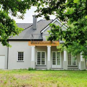 Wyjątkowy Dom w stylu dworkowym, 16-arowa działka, Rączna gm. Liszki
