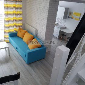 Dwupoziomowe 4 pokojowie mieszkanie z zaletami domu