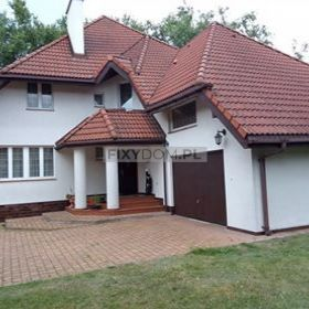 Piękny dom z działką sprzedam