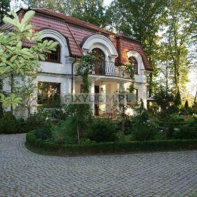 Dom sprzedam w Magdalence