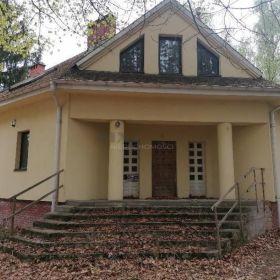Dom, Traktowa